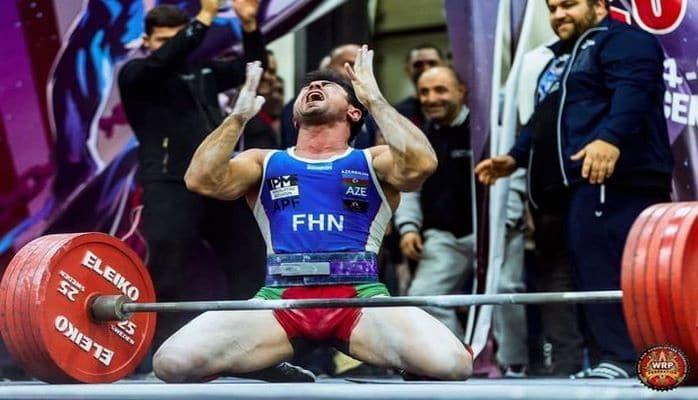 Азербайджанец побил в Москве мировые рекорды и стал чемпионом