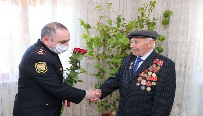 DİN nümayəndələri veteranlarla görüşdü