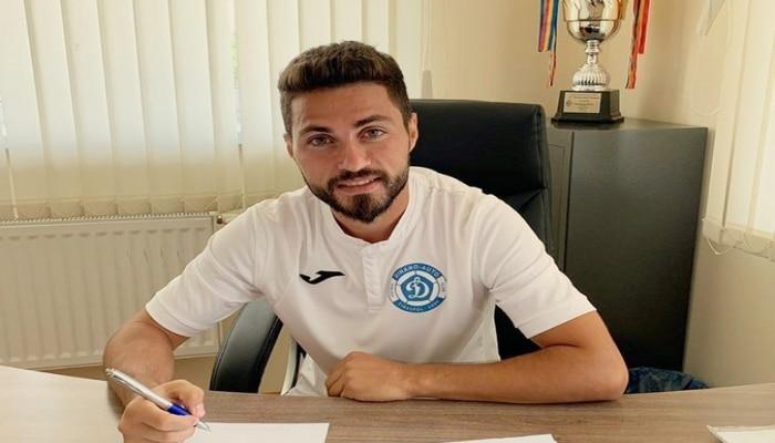 Azərbaycanlı futbolçu: 'Təmizliklədirsə, niyə məşhurlar koronavirusa yoluxur, 'bomj'lar yox?'