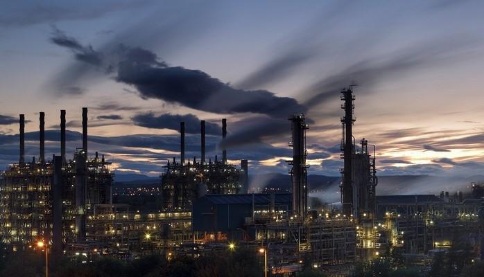 Саудовская Аравия увеличит добычу нефти в следующем месяце