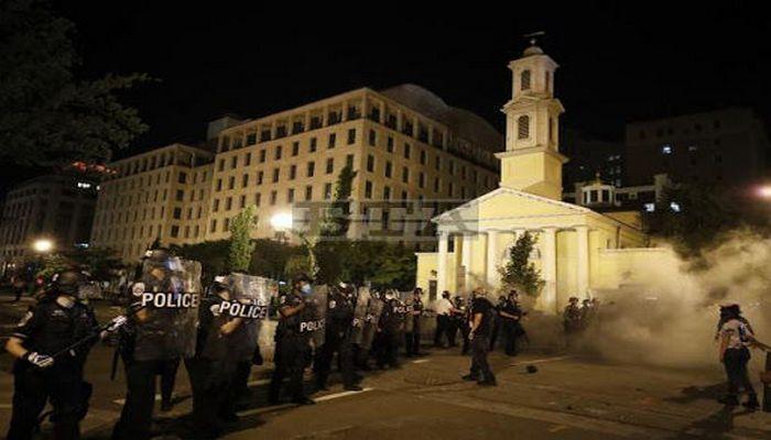 ABŞ prezidentlərinin dini ayinləri icra etdiyi kilsə yandırıldı