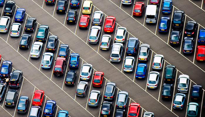 Бакинское транспортное агентство обновит систему парковки