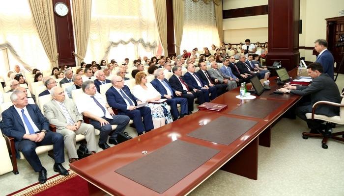 Состоялось передвижное заседание Президиума НАНА