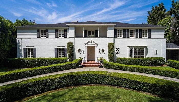 В США продали дом бывшего президента Рональда Рейгана