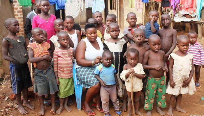 Самая многодетная мать на планете родила 38 детей