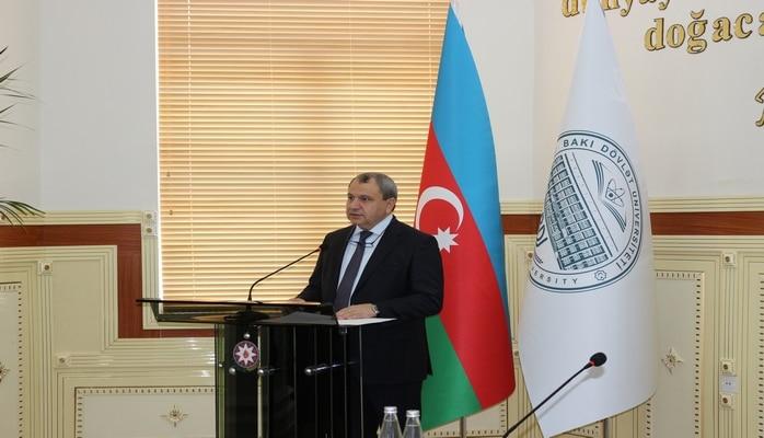 Ректор БГУ Эльчин Бабаев: «Независимость Азербайджана сохранена великим лидером Гейдаром Алиевым и укрепляется Президентом Ильхамом Алиевым»