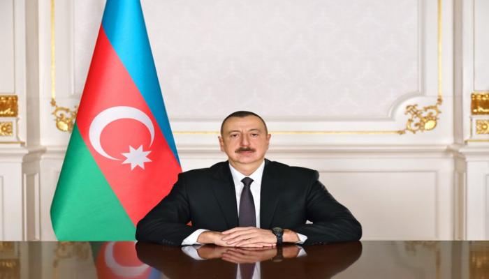 Ильхам Алиев поздравил президента Мексики