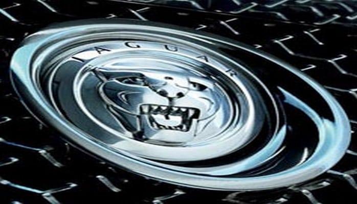Jaguar Land Rover отзывает автомобили в Китае из-за возможных нарушений в работе двигателя