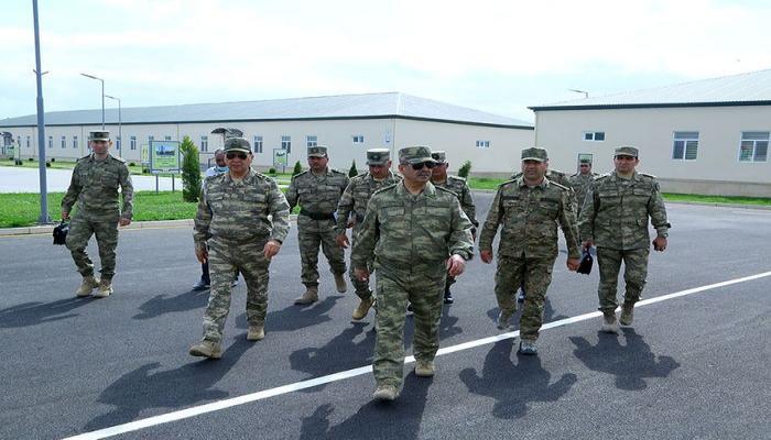 В прифронтовой зоне состоялось открытие новых воинских частей, проведен осмотр строящихся объектов