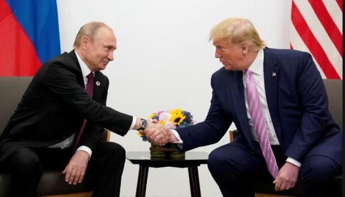 """Hillari Klinton: """"Tramp Putinin marionetidir"""""""