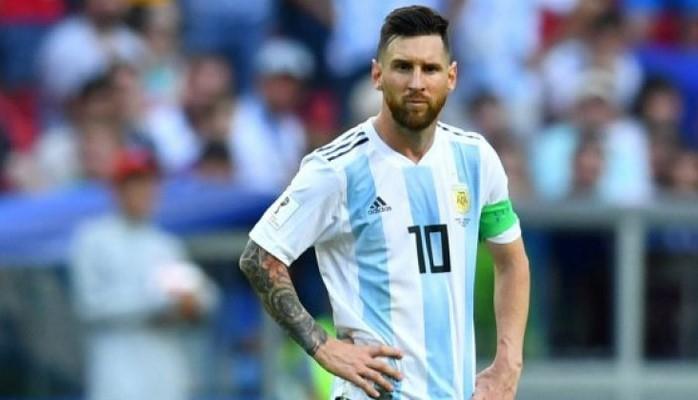 Argentinanın uğursuzluğunda Messi günahkardır