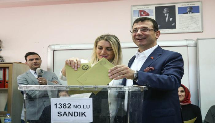 Имамоглу - новая политическая фигура, порожденная турецкой демократией