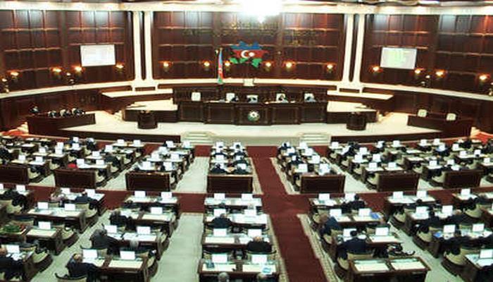 В парламенте Азербайджана вновь обсудили законопроект о стандартизации