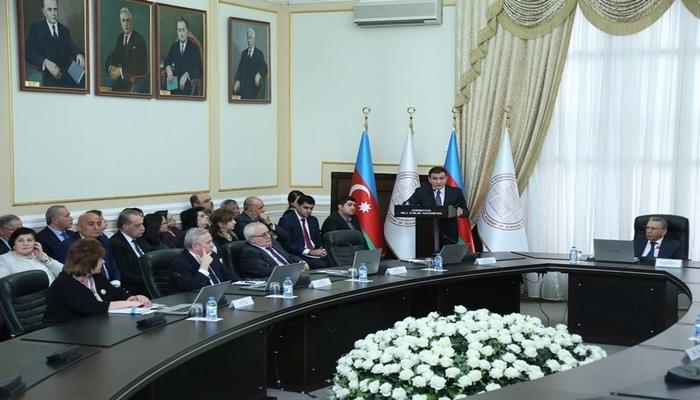 В НАНА состоялась встреча с председателем Высшей аттестационной комиссии при Президенте Азербайджанской Республики Фамилем Мустафаевым