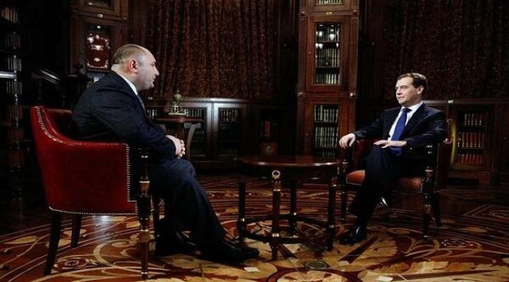 """Medvedyevi """"danışdıran"""" ilk azərbaycanlı: Qarabağ..."""