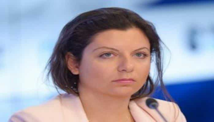 """Simonyan: """"Yaşamağa yerim olmayanda İradə Zeynalovanın evində qalırdım"""""""