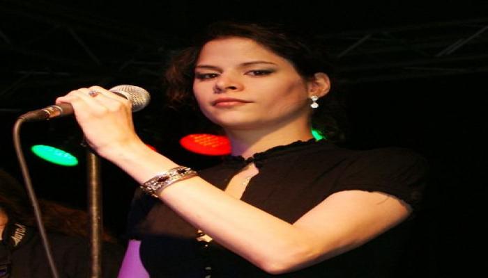 "Венгерские музыканты исполняют на азербайджанском языке ""Сары гялин"""