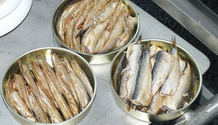 Личинок в рыбных консервах можно не бояться