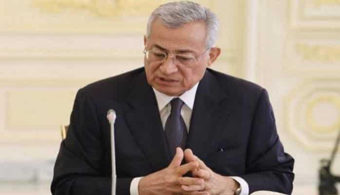 Prezident Vaqif Axundova orden verdi