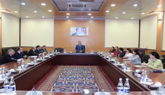 В Министерстве транспорта, связи и высоких технологий состоялось мероприятие, посвященное 96-летию Гейдара Алиева