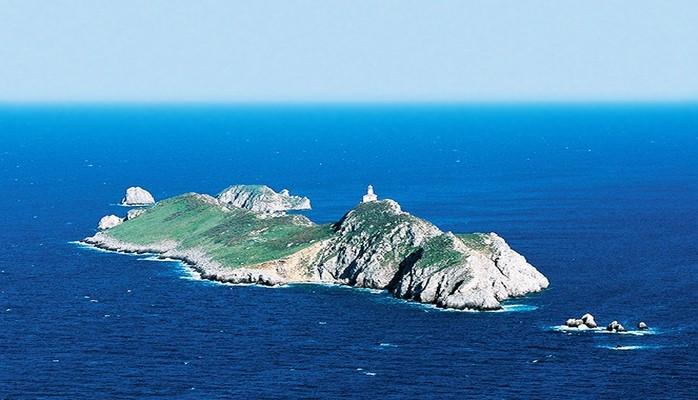 6 пляжей для любителей уединенного отдыха