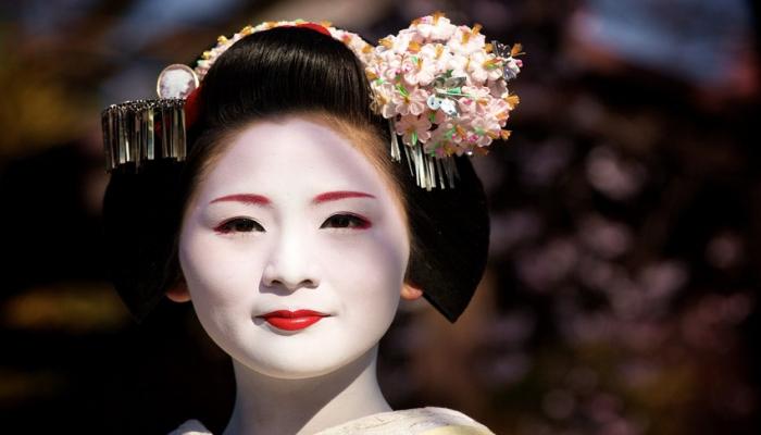 В Японии число жителей в возрасте старше 100 лет превысило 80 тыс.