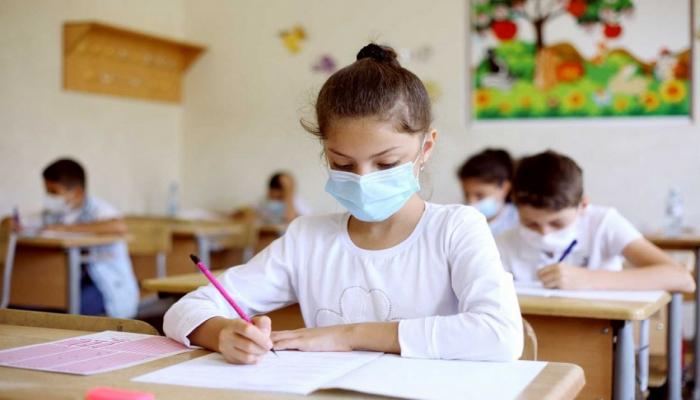 В Азербайджане еще у 10 учащихся обнаружен коронавирус