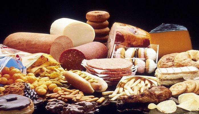 Ученые назвали продукты, вредящие интеллекту