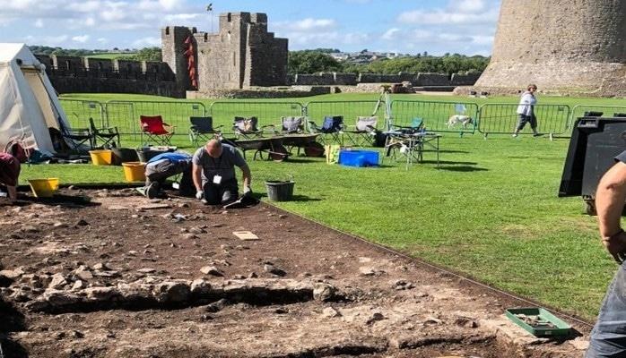 Guardian: британские археологи обнаружили возможное место рождения Генриха VII