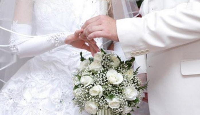 Kişilərə evlilik təklif edən məşhur qadınlar
