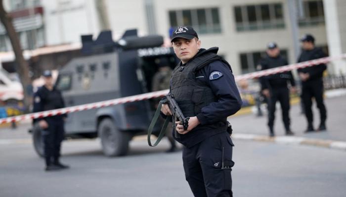 В Турции введен комендантский час в 30 городах