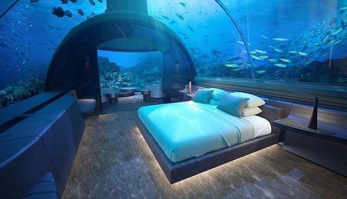 На Мальдивах открыли невероятный подводный отель