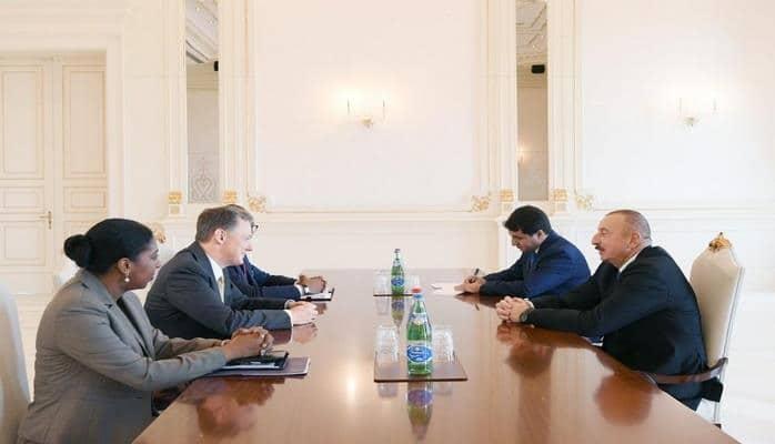 Президент Ильхам Алиев принял делегацию США