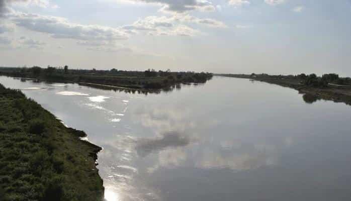 В пункте Новрузлу реки Араз отмечено понижение уровня воды на 51 см