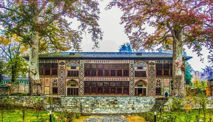 Şəki xan sarayı