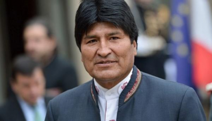 Моралес покинул Боливию