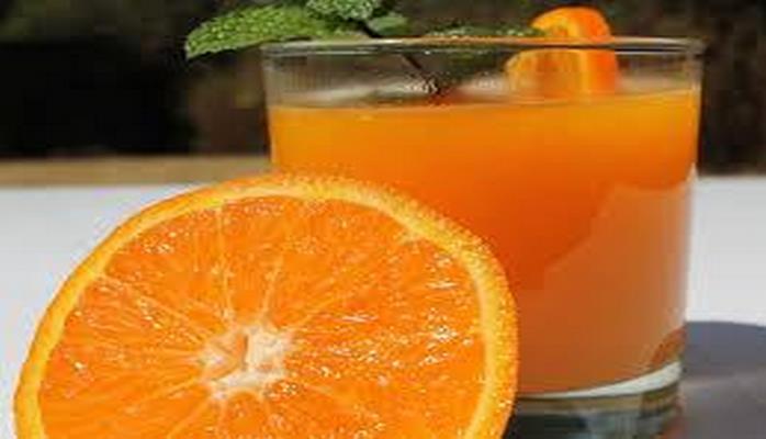 Ученые определили, из каких фруктов получается самый полезный сок