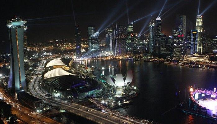 Власти Сингапура раздадут жителям более 500 миллионов долларов