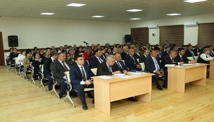 Prezident Administrasiyasının sektor müdiri Gəncədə sakinlərlə görüşüb