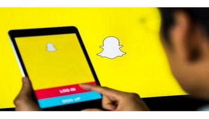 """""""Snapchat"""" messencerinin auditoriyası yenidən artmağa başlayıb"""