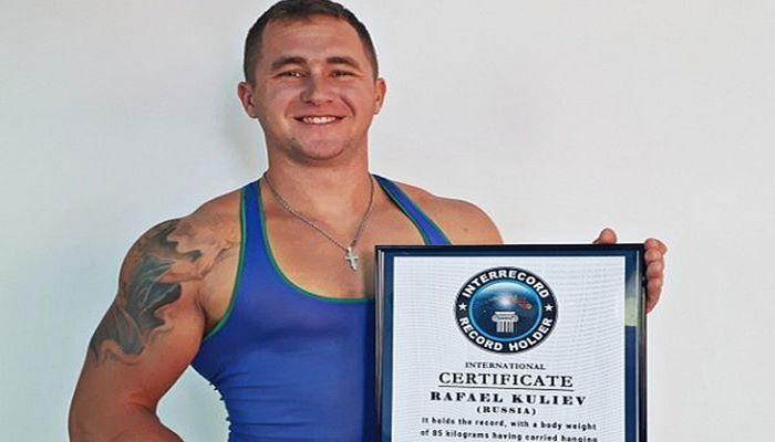 Рафаэль Кулиев - обладатель самых сильных пальцев
