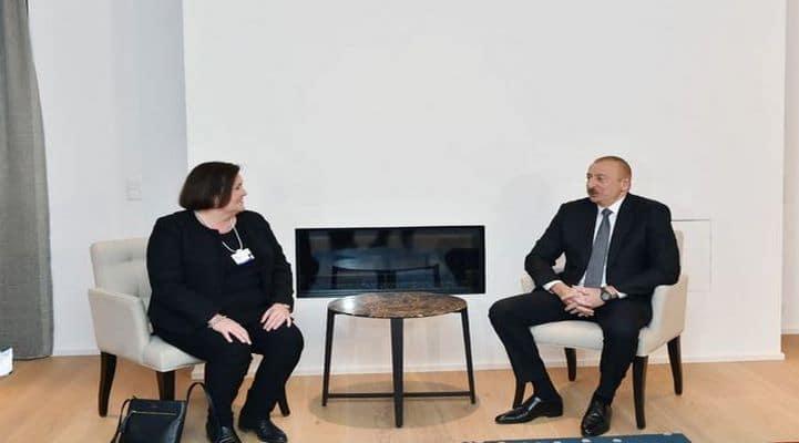 İlham Əliyev Davosda görüş keçirib