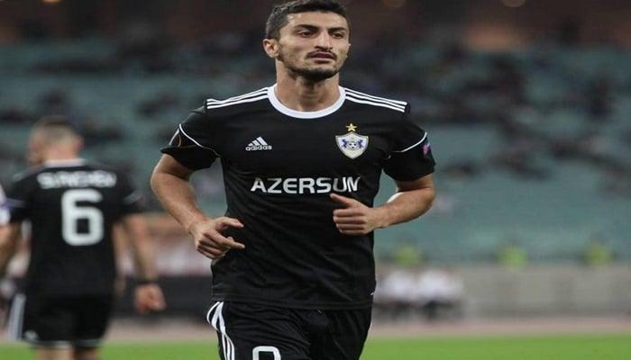 Araz Abdullayevin forma nömrəsi dəyişdi