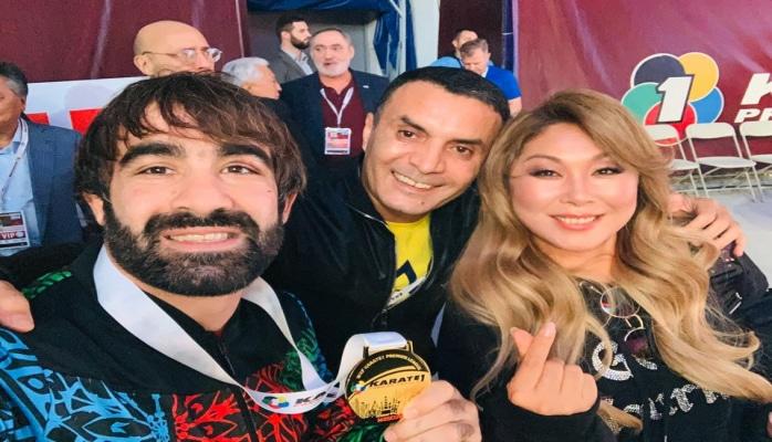 """Rəfael Ağayev """"şeytanın qıçı""""nı Moskvada qırdı"""