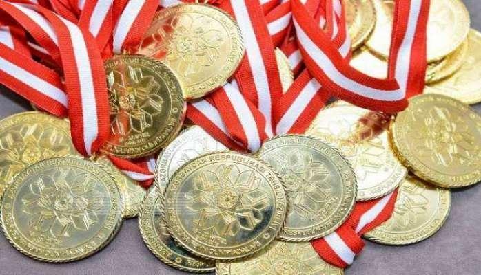 Naxçıvanda 13 məzun qızıl medala layiq görüldü