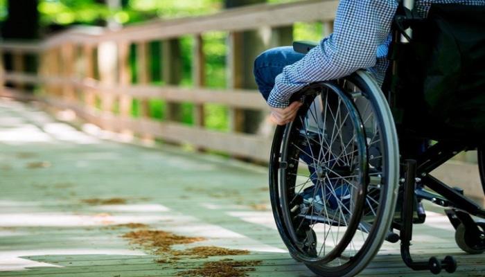 В Азербайджане упростят процедуру повторного получения инвалидной коляски