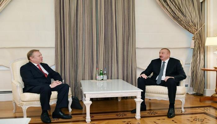 Президент Ильхам Алиев принял посла Беларуси