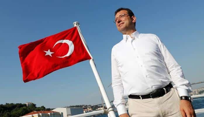 Йылдырым поздравил кандидата от оппозиции с победой на выборах мэра Стамбула