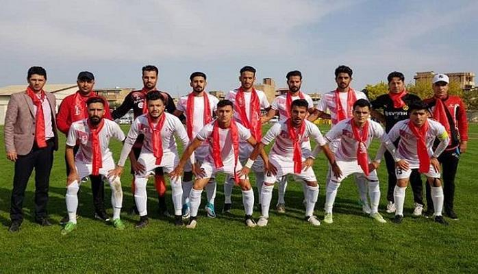 """Güneyli futbolçular """"Qarabağ""""ı xorla oxudu"""