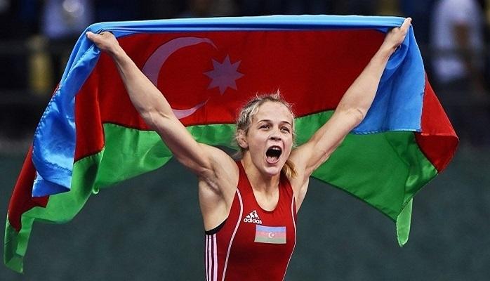 Представительница Азербайджана выиграла турнир по борьбе в Варшаве